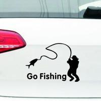 Nálepka na auto Go Fishing (Černá)